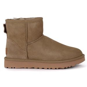 BRAND NEW* Ugg Mini Boot
